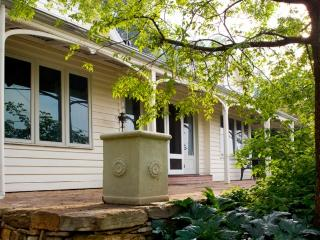 Charming 2 bedroom Cottage in Daylesford - Daylesford vacation rentals