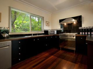 1 bedroom Condo with Hot Tub in Daylesford - Daylesford vacation rentals