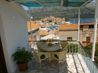 2 bedroom Condo with Internet Access in Korcula - Korcula vacation rentals