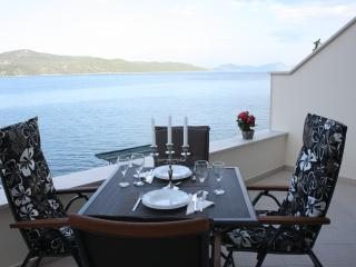 Ratac Lobrović Apartments with sea view – White - Slano vacation rentals