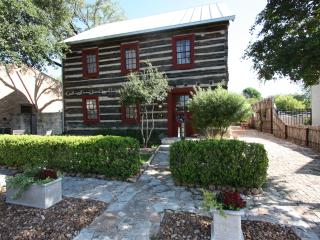 Haussegen Platz Log Haus - 1 Block off Main St. - Fredericksburg vacation rentals