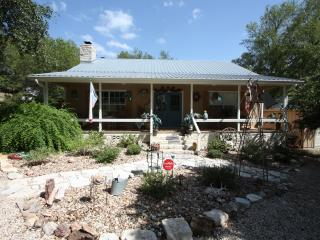 Laughing Grape House - Fredericksburg vacation rentals