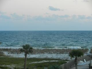 Orange Beach 3 bedroom Condo steps from beach - Orange Beach vacation rentals