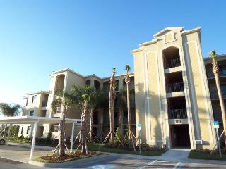 River Strand Condo top floor with amazing views of the Manatee River - Bradenton vacation rentals