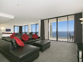 "3BR Circle ""Cavill Sub Penthouse"" GET ON TOP! - Surfers Paradise vacation rentals"