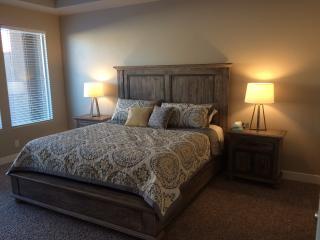 5 Bd/3.5 Bth, Sleep 14, 2780 sf - St George & Zion - Washington vacation rentals