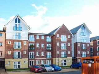 AT THE RACES, second floor apartment, city centre location in Chester Ref 917183 - Flintshire vacation rentals