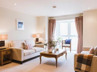 The Trick, 5* luxury apartment at Hawkes Point - Saint Ives vacation rentals