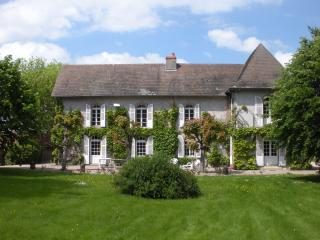Domaine des Mijarniers-Montbeugny - Moulins vacation rentals