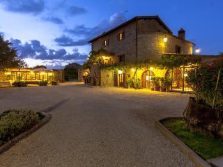Villa at the Foot of Cortona in Tuscany - Cortona vacation rentals