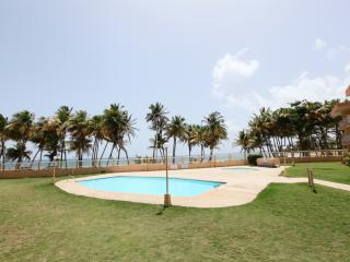 Sunrise Beachfront Cottage, Now with 10% off! - Luquillo vacation rentals