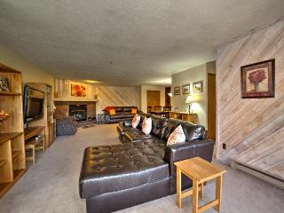 Cimarron 2 BD W/D Location April 1-6 $319/nt rate! - Breckenridge vacation rentals