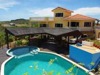 Villa Seru Bottelier - Willemstad vacation rentals