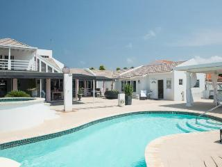 Modern World Aruba: Small Villa Hotel - Aruba vacation rentals