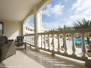 Nice Villa with Deck and Internet Access - Willemstad vacation rentals