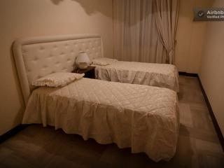 Accogliente casa a pochi passi dal centro - Avellino vacation rentals