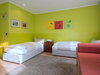 Garden House Studio Apartment - Munich vacation rentals