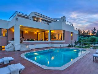 Luxury 5 Bedroom Villa with Private Pool, Sea View - Chania vacation rentals