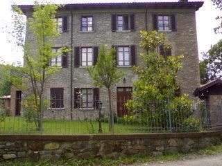 5 BEDROOM FARMHOUSE IN EMILIA , fuly renovated - Vernasca vacation rentals