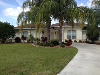 Beautiful 3 bedroom home in Southwest Florida - Port Charlotte vacation rentals