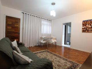 Comfortable 2 bedroom Sao Paulo Condo with Internet Access - Sao Paulo vacation rentals