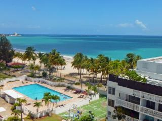 Direct on Isla Verde Beach, Steps to Casinos - Carolina vacation rentals