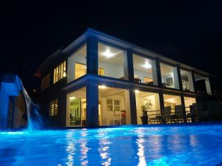 North Shore Pointe - Spectacular Ocean Front - Isla de Vieques vacation rentals