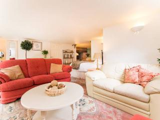 One beautiful studio apartment in Hale Cheshire - Kelsall vacation rentals