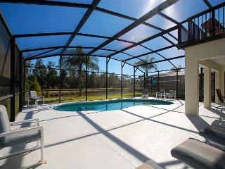 CARDINAL'S HIDEAWAY: 4 bed/4bath secluded lake view disney home - Davenport vacation rentals