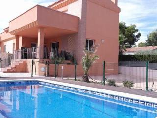 4 bedroom Villa with A/C in L'Ametlla de Mar - L'Ametlla de Mar vacation rentals