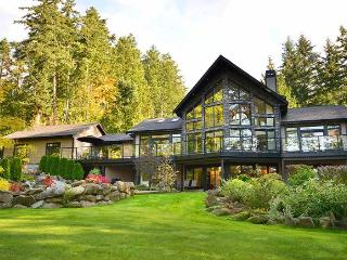 Spectacular 5 Bedroom Luxury Home on One Acre - Vancouver Island vacation rentals