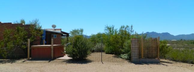 west mountain view - Adobe Casita on 20 acres in Tucson Mountains - Tucson - rentals