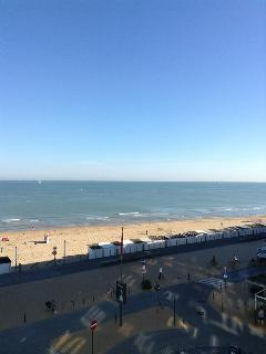 Wonderful seaside apartment seaview - Ostende vacation rentals