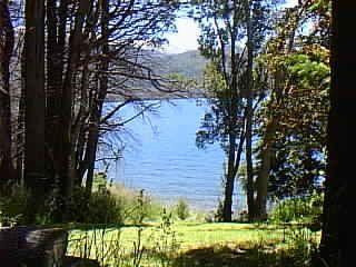 Lake House Coast gutierrez    Casa con costa en Lago gutierrez - San Carlos de Bariloche vacation rentals