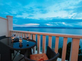 2 bedroom Apartment with Internet Access in Mimice - Mimice vacation rentals