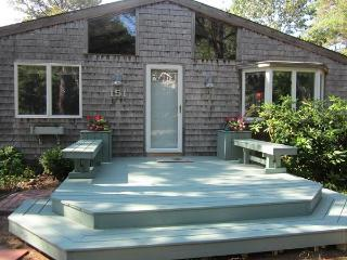 Bright, Cozy Wellfleet Bungalow - Wellfleet vacation rentals