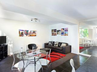 BEST location,2 bedrooms newly renovated apartment - Heidelberg vacation rentals