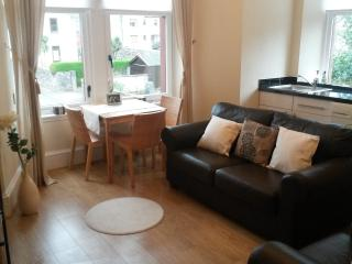 1 Bed Flat near Kames Beach, Millport, Cumbrae - Millport vacation rentals