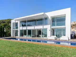 Ultra-Modern Sea-View Villa Alegria with Pool, Hot Tub, Terrace & Garden - San Jose vacation rentals