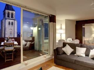 Charming Duplex Apartment Le Saint Benoit with Terrace & Stunning Rooftop View - Paris vacation rentals