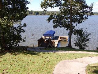 Newly Listed Lake House in Greensboro, Georgia - Greensboro vacation rentals