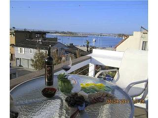 Stacey's 3 Bedroom Beach Home *LUXURY AND VALUE* - San Diego County vacation rentals