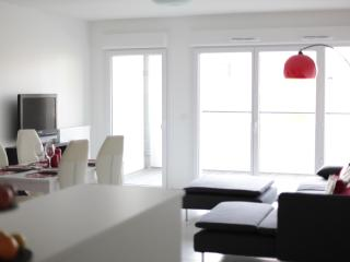 New,Lux,Centre of Annecy,parking - Annecy vacation rentals