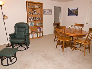 Spacious 3-room suite w/ private bath, living area - Colorado Springs vacation rentals