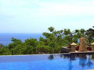 Luxurious Gardenview Rooms in Villa with Sea-View - Senggigi vacation rentals