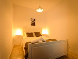 Seville City center apartment + wifi - Seville vacation rentals