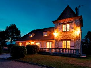 Exclusive Manor House Le Rastelet - Bergerac vacation rentals