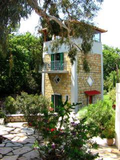 2 bedroom Tower with Deck in Nafpaktos - Nafpaktos vacation rentals