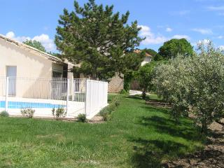 Bright 4 bedroom House in Caromb - Caromb vacation rentals
