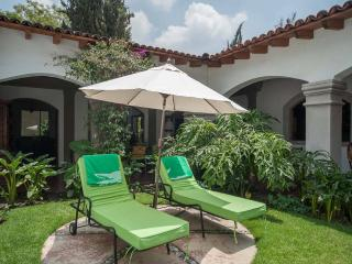 Beautiful house with garden and terrace! - Mexico City vacation rentals
